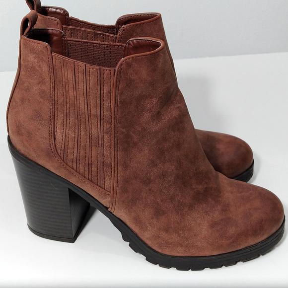d912c9abfa Sam & Libby Shoes | Sam Libby Deanna Brown Chunky Heel Booties 85 ...